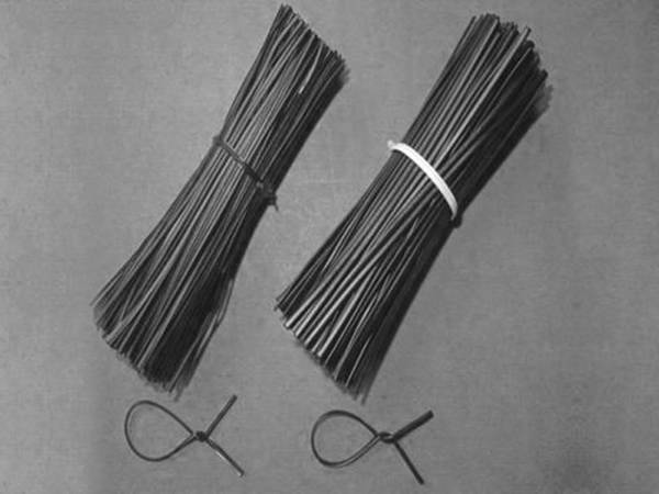 Straightened and cut annealed wire, black, 16 gauge, 600 mm